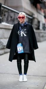 http://stylecaster.com/quirky-bags-street-style-trend/?utm_campaign=socialflow&utm_source=facebook.com&utm_medium=referral