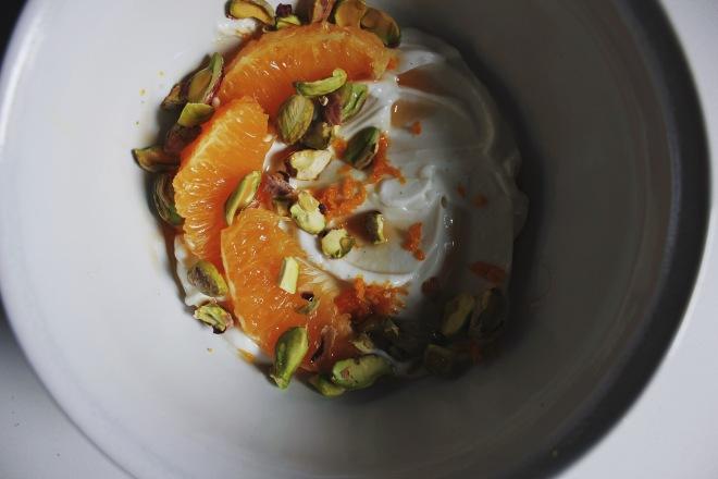 Summertime yogurt bowl recipes using Siggi's yogurt by Emily Novak of Em & Everything